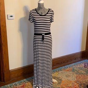 Black and white knit long dress